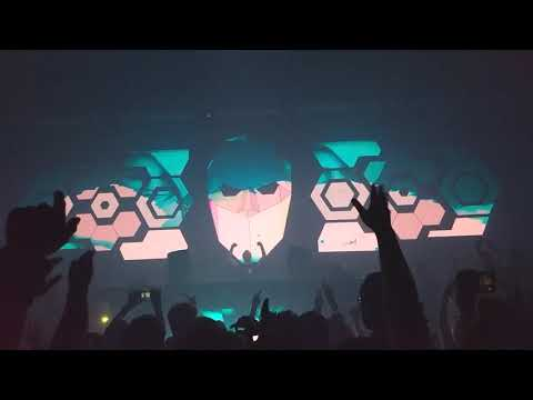 Andrew Rayel plays Dash Berlin - Waiting feat. Emma Hewitt at Pure Lounge in Sunnyvale, CA 2018