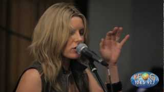 Grace Potter and the Nocturnals - Never Go Back (Live on KFOG Radio)