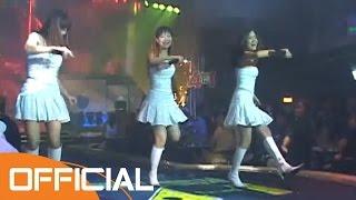 Chuyện Phim Buồn - Nhóm Mắt Ngọc [Official]