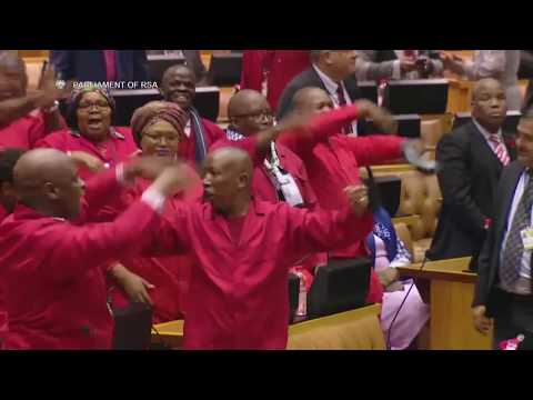 Shouts and Song Errupt in South African Parliament Ahead of No Confidence Vote