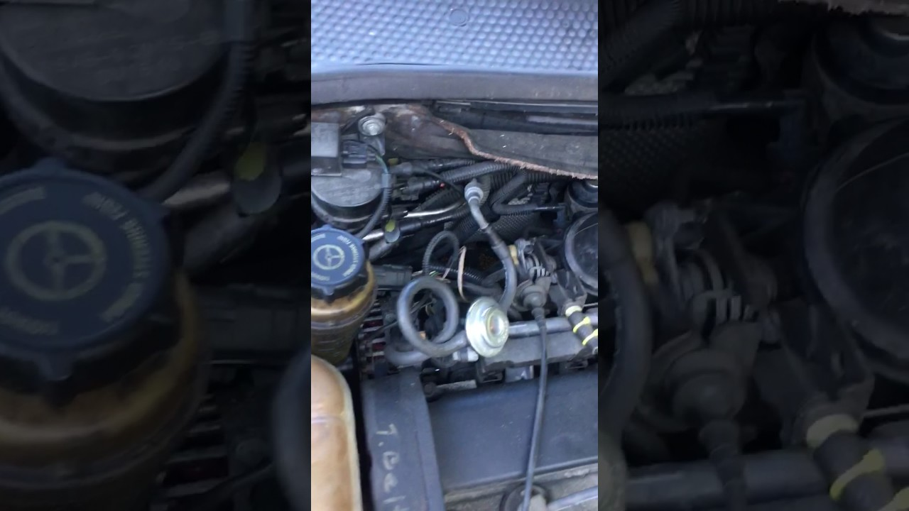 small resolution of engine noise caused by torn pcv hose 2001 ford focus se