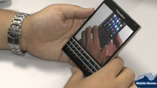 Видеообзор BlackBerry Passport