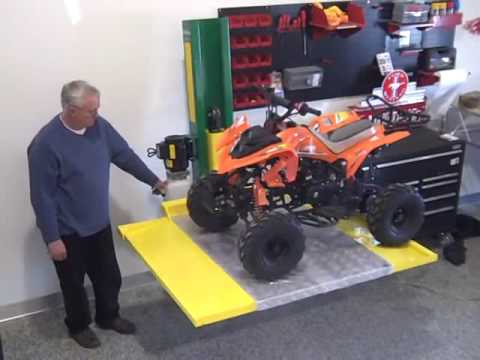 Garage Toys Com Single Post Atv Lawn Tractor Service And