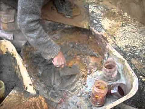 Fabrication de la couleur d 39 une fausses pierres youtube for Objet en pierre pour jardin