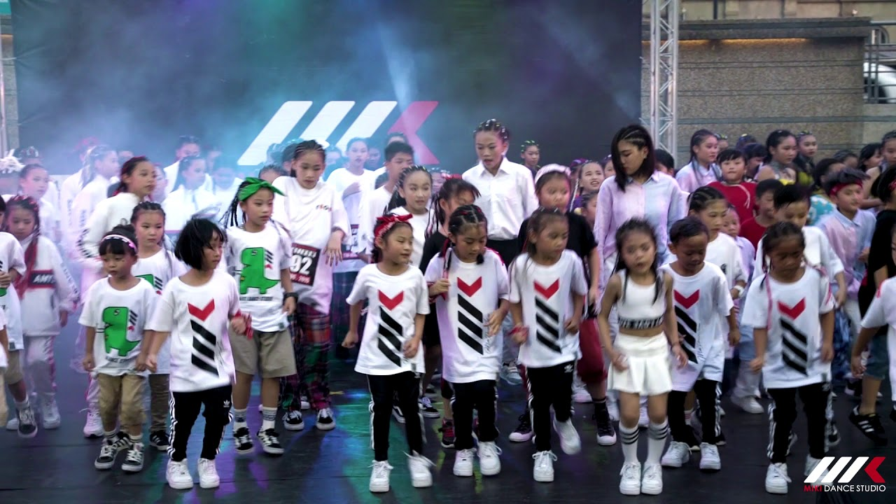 pitbull timber舞蹈_01開場大合舞 MIKI兒童舞蹈工作室 2018成果發表會 - YouTube