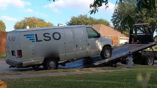 Abandoned Delivery Van?  Call The Cops? Call #Drumbeats!