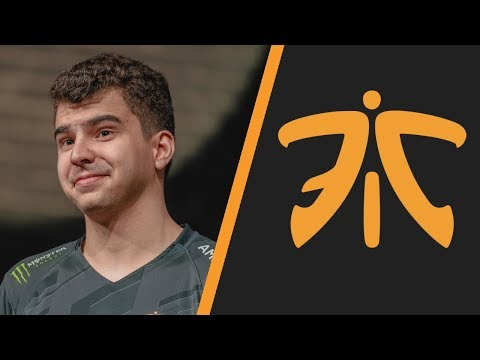 """Bwipo: """"Fnatic right now is Caps & Broxah. Caps is hard-carrying us. The sidelaners have to step up"""""""
