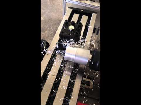 เครื่องมิลลิ่ง แนวนอน แนวตั้ง ขนาดเล็ก SM-H1 สามารถนำไปกลึงงานได้โดยติดตั้งหัวจับ