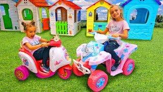 Las Ratitas van a comprar juguetes con sus bebés - Playing with toys for kids