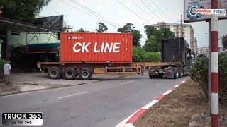 Video How to back a trailer successfully - Amazing Truck - Driver Skills download MP3, 3GP, MP4, WEBM, AVI, FLV September 2018