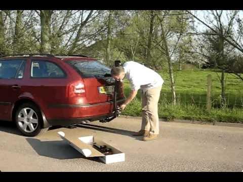 Attaching A Maxxraxx Bike Rack To Your Car Tow Bar Avi Youtube