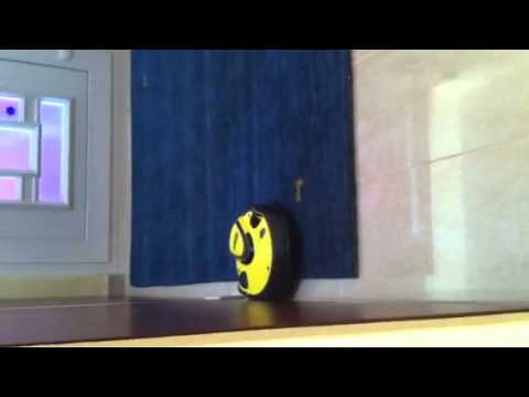 aspirapolvere robot kaercher rc 3000 youtube. Black Bedroom Furniture Sets. Home Design Ideas