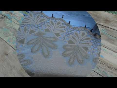 Морозные узоры и сложнейший рисунок на стенах с помощью старой тюли