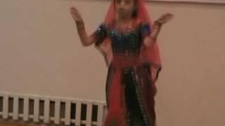 Ishika Nigam dancing Mera Laungawacha sung by Smt Usha Uthup