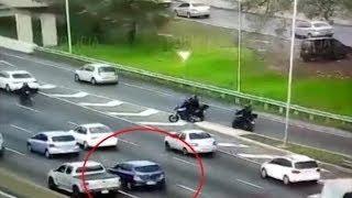 Detienen a un delincuente que circulaba en un auto robado