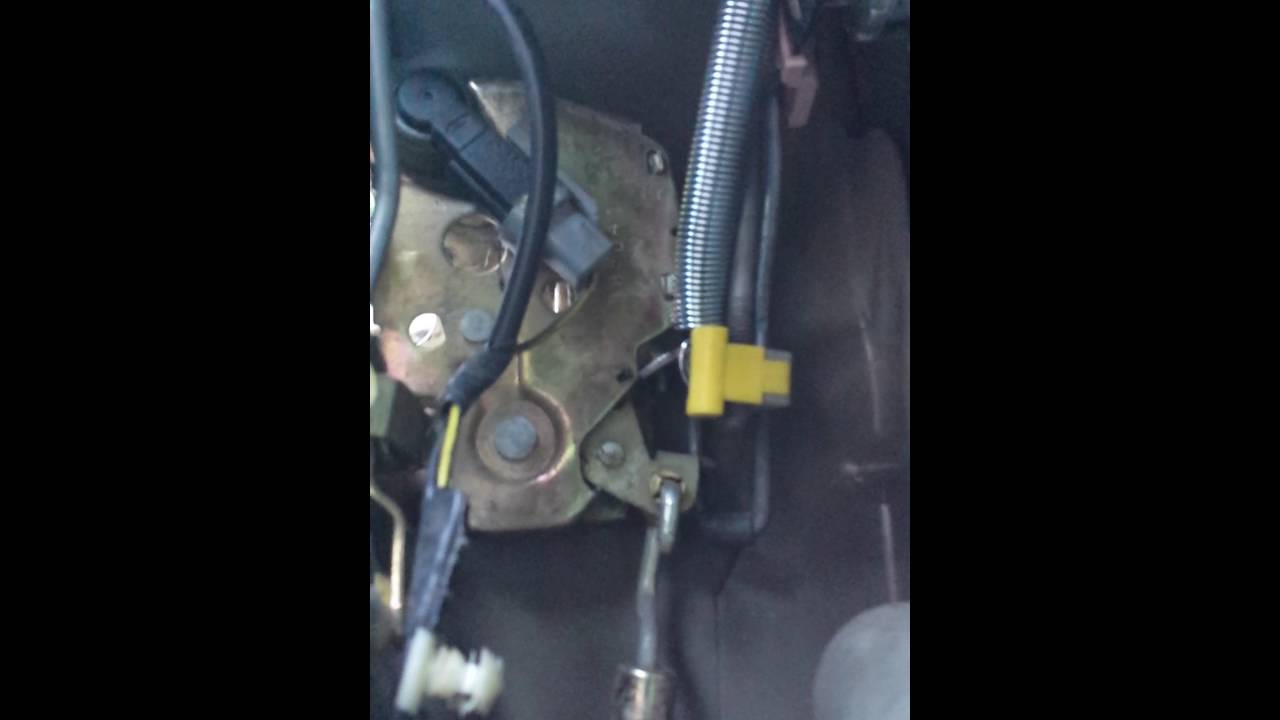 Ford Explorer door unlock problem 1995 - 2001