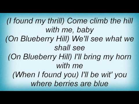Louis Armstrong - Blueberry Hill Lyrics