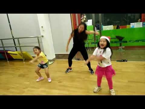 PANAMA KID DANCE (ไทม์มี่-นุ๊กกี้)