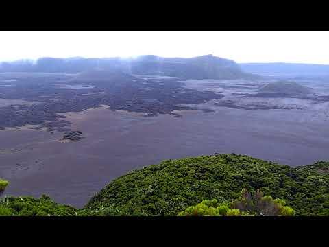 Comoros - NGazedja - Grand Karthala - The Big Volcano Top - 2