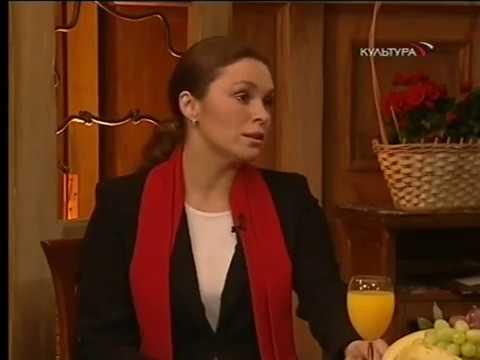 КРАСАВИЦЫ-АКТРИСЫ ЕКАТЕРИНА ГУСЕВА И МАРИНА МОГИЛЕВСКАЯ ПРОТИВ ЛЕОНИДА СЕРЕБРЕННИКОВА В БЛЕФ-КЛУБЕ