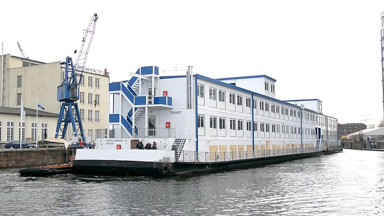 Flüchtlingsschiff