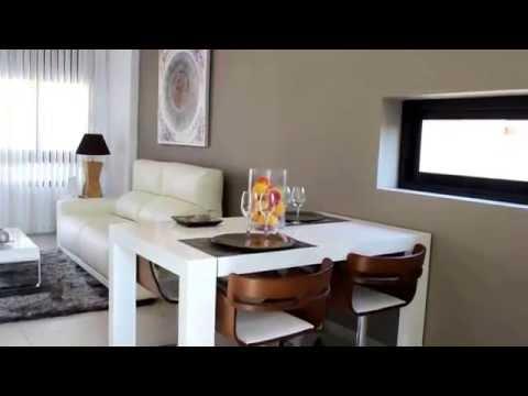 Her har jeg fra oss i costablanca Eiendom noen kjempe fine hus med ...