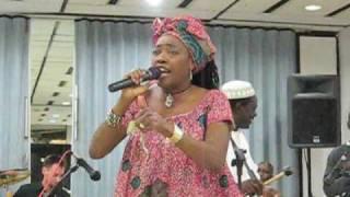 Missia Saran Dioubate sings in Harlem (part 1 of 2)