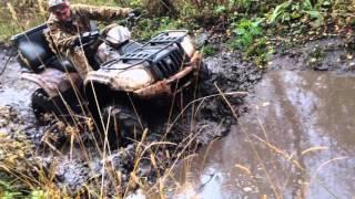 Покатушки на квадроцикле по грязи и бездорожью! Настоящий оффороад!