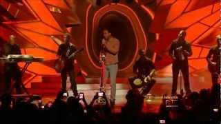Romeo Santos - La Diabla / Magia Negra (Ft. Mala Rodriguez) Live Premios Juventud 2012 HD