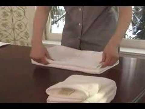 Towel folding youtube for Bathroom towel folding designs