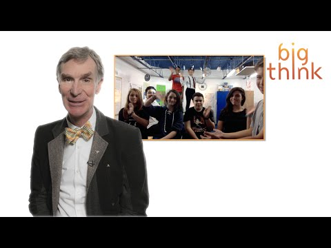"""""""Hey Bill Nye, What Advice Do You Have for Our Entire 8th Grade Engineering Class?"""""""