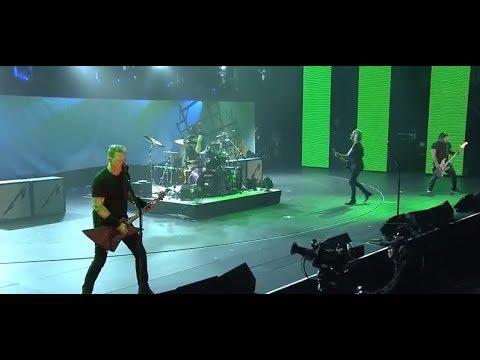 Metallica's fire benefit show - new Project 86 - Crobot in studio - Guns N Roses tour - Deep Purple