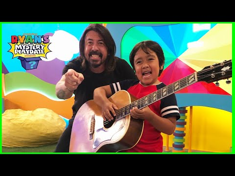 Ryan and Dave Grohl guess nursery Rhyme Challenge on Ryan's Mystery Playdate Full Episode!