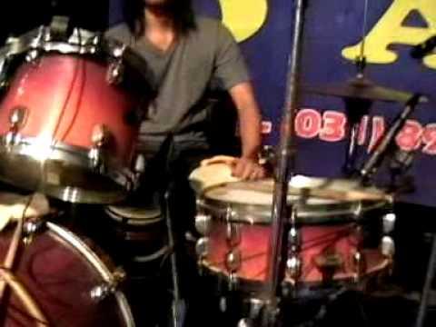 Jatuh cinta Sholiq Om Rolliesta Live in Taman 31 mei 2014