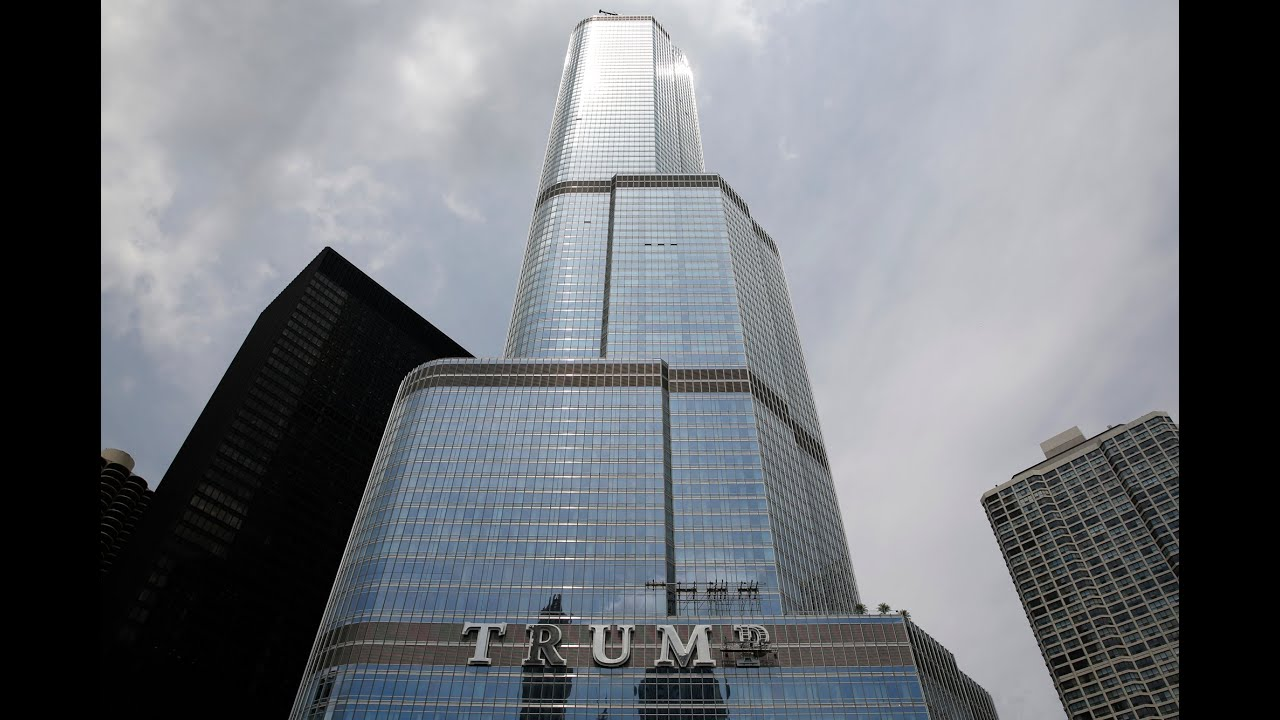 Time-lapse Building Chicago' Trump Tower