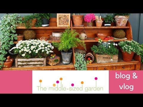 14 expert shopping tips for vintage garden items