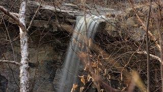 Minnemishinona Falls, Mankato, MN a good-sized waterfall