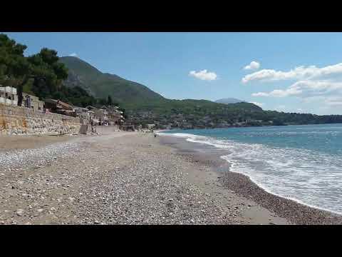 Первое знакомство с морем. Черногория, апрель 2017