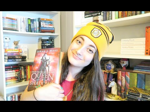 MEETING SARAH J MAAS & SIGNED QoS GIVEAWAY (CLOSED)