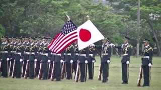 Repeat youtube video 2014/05/25 武山駐屯地 東部方面 混成団 創立3周年記念行事 特別儀仗隊のセレモニー
