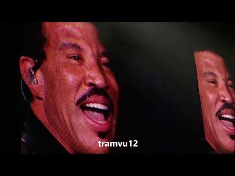 [FAN CAM] Lionel Richie Concert 170824 Toronto