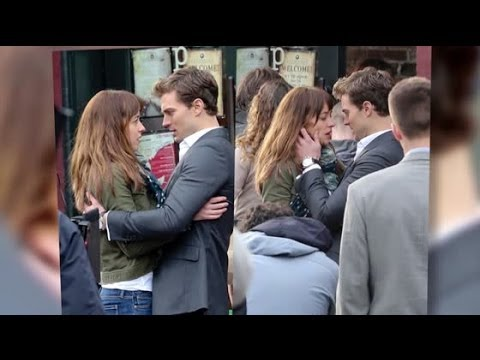 Dakota johnson et jamie dornan embrassent leurs for Decoration 50 nuances de grey