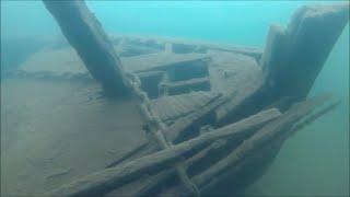 Treasure dive found rare old bottle flag and shipwrecks