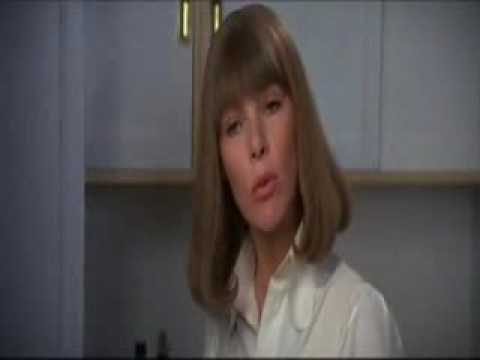 """Glenda Jackson in """"A Touch Of Class"""""""