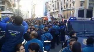 Manifestación de técnicos de Telefónica en Gran Vía 28, por un sueldo digno
