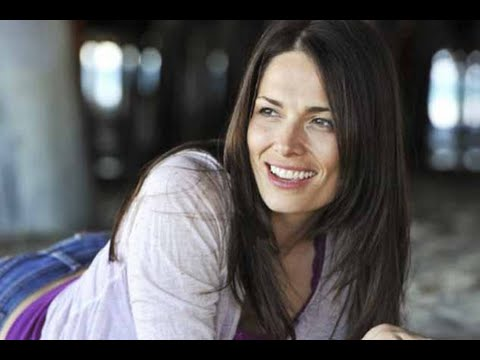 SARAH GOLDBERG  Remembering actress on 7th Heaven, 90210, Judging Amy  RIP Goldberg