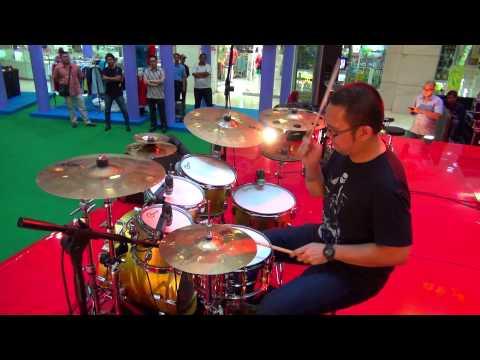 I Feel Good Fred Hammond - Drum Cover by : Toar Pelenkahu