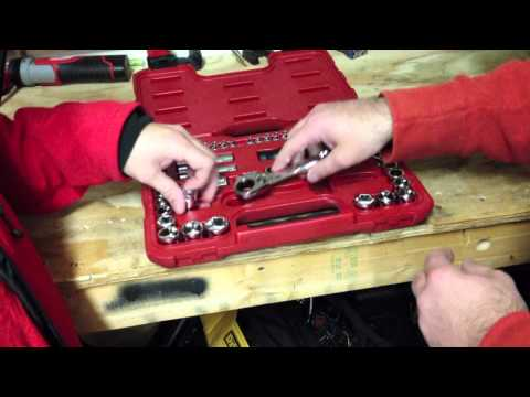 Craftsman 51 pc. MAX AXESS Mechanics Tool Set 39151 - Overview