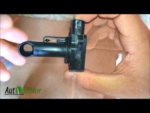 How to clean a Mass Air Flow Sensor || 1999 Toyota 4Runner