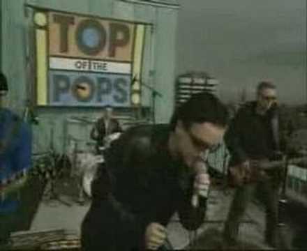 U2 Beautiful Day - Live 2000